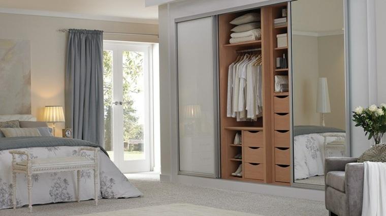 interior armario especial creativo