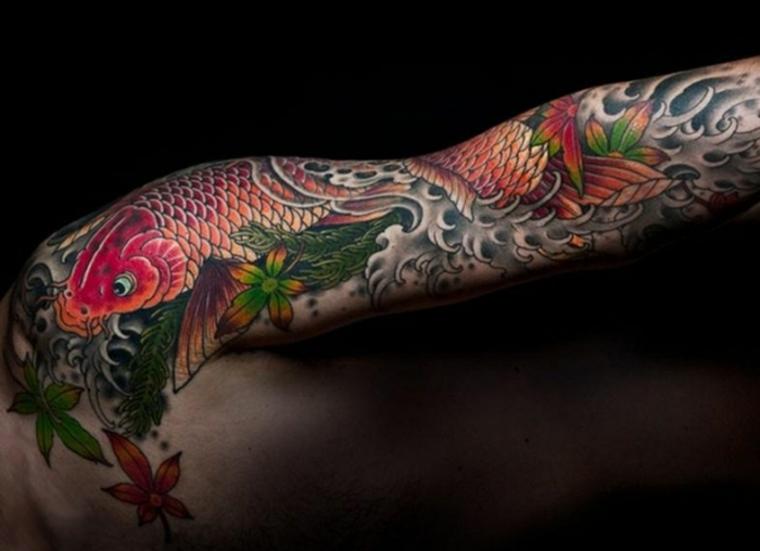 bonito tatuaje de peces Koi