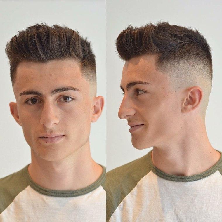 Peinado de hombre hacia arriba