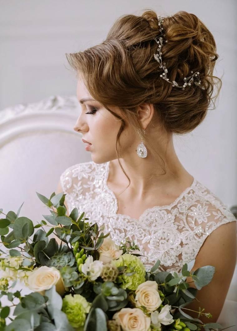 Peinados para bodas las tendencias de moda para el 2017 - Peinados elegantes para una boda ...