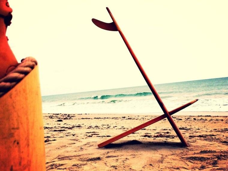 tablas de surf convertidas en sillas