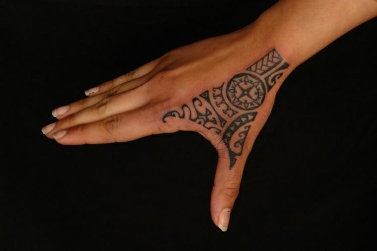 tattoos polinesios mano