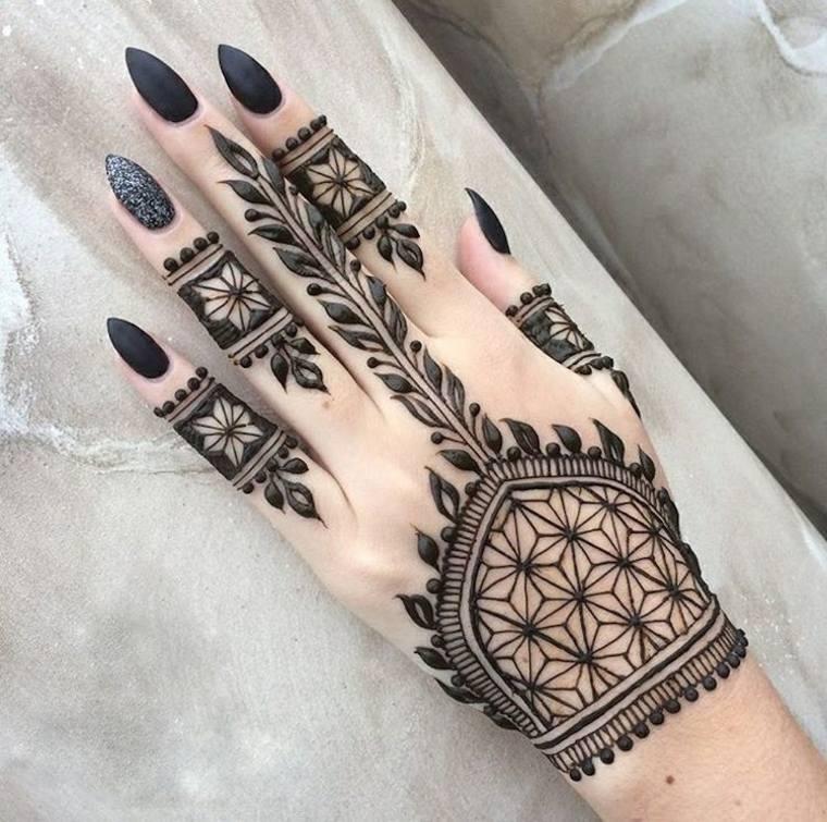 Tatuajes de henna todo lo que tenemos que saber sobre ellos for Henna para manos
