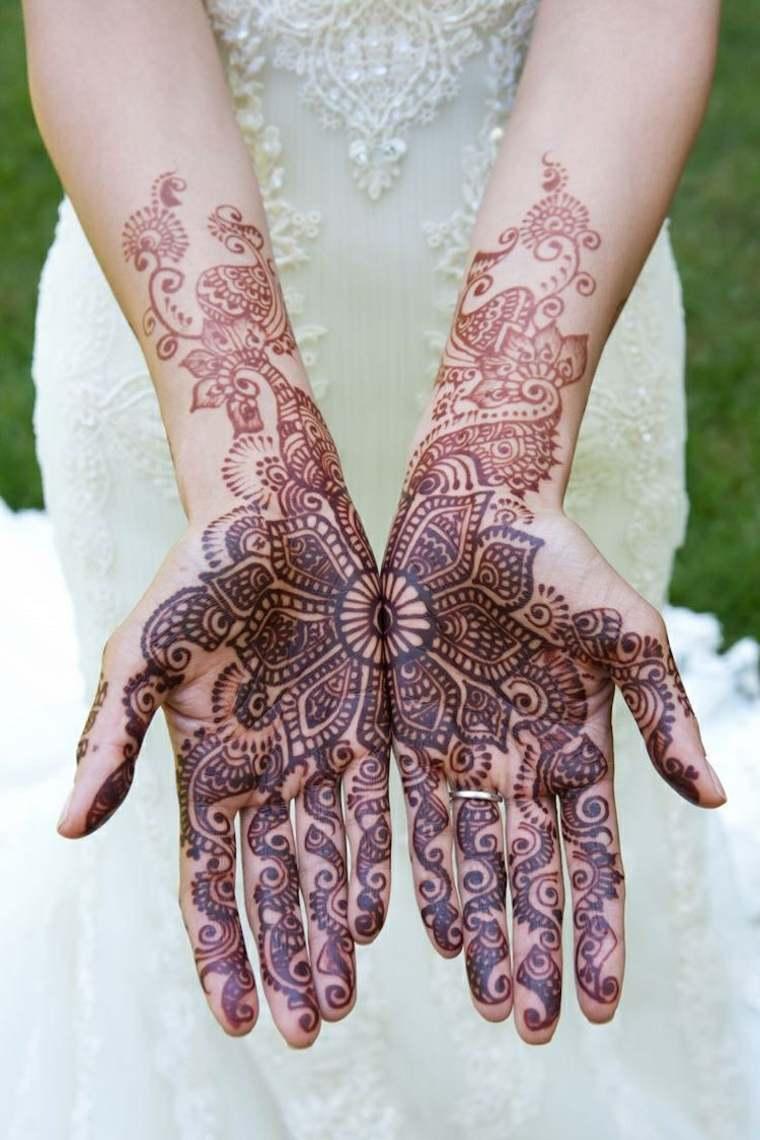 tatuajes dе henna mujeres manos
