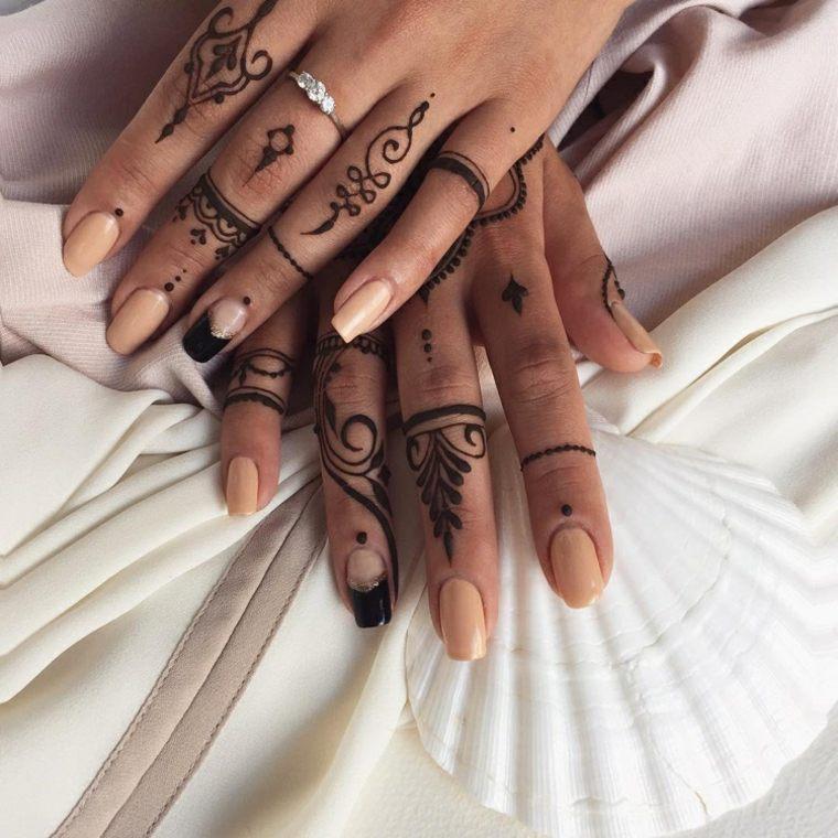 tatuajes de henna mujeres