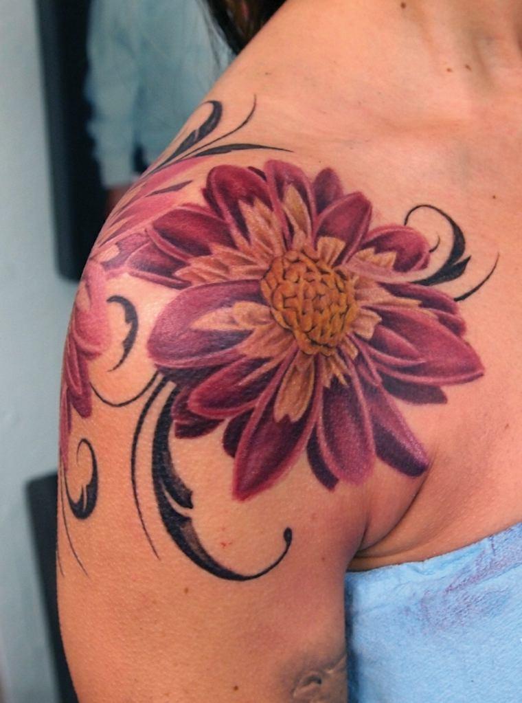 tatuajes-mujeres-opciones-flores