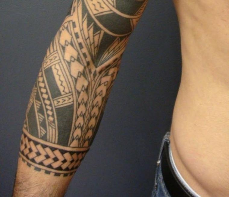tatuajes polinesios brazos