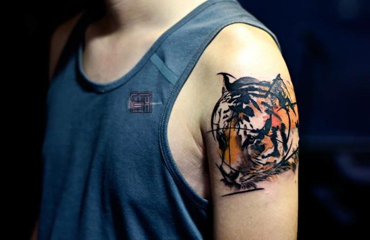 tigre tatuajes rayas geometricas