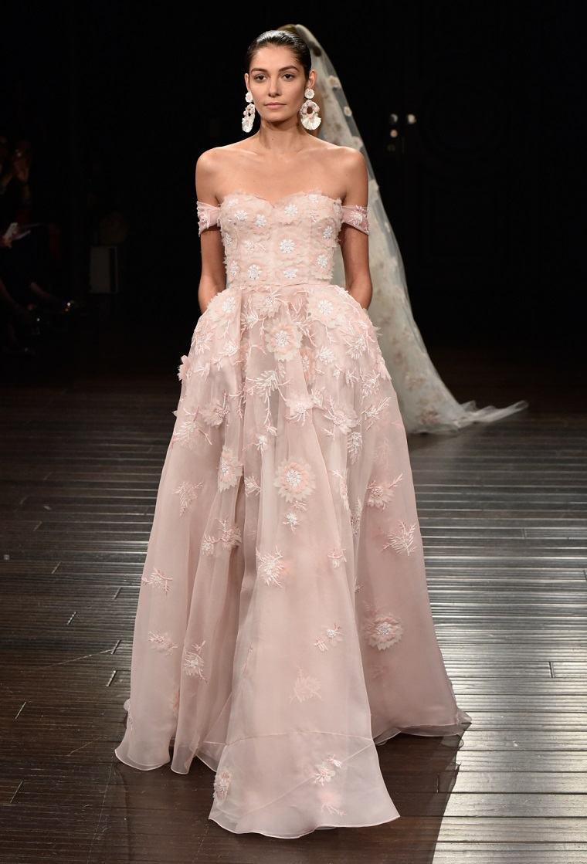 Vestidos para bodas - Revisa las tendencias para el 2017 -