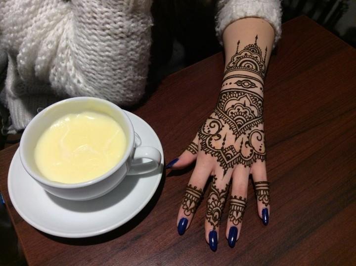 atractivo concepto tatuajes muñecas