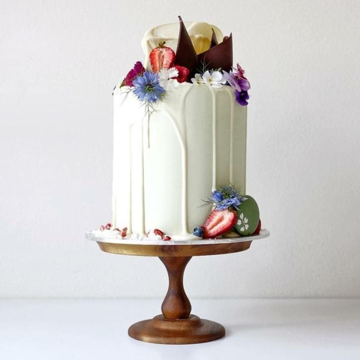 bella torta alta moderna especial