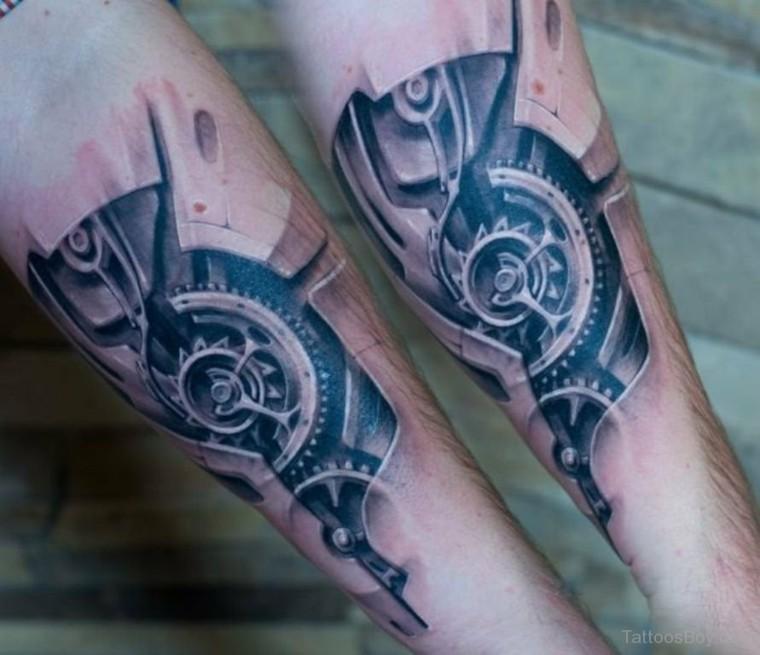 Tatuajes biomecánicos estupendos