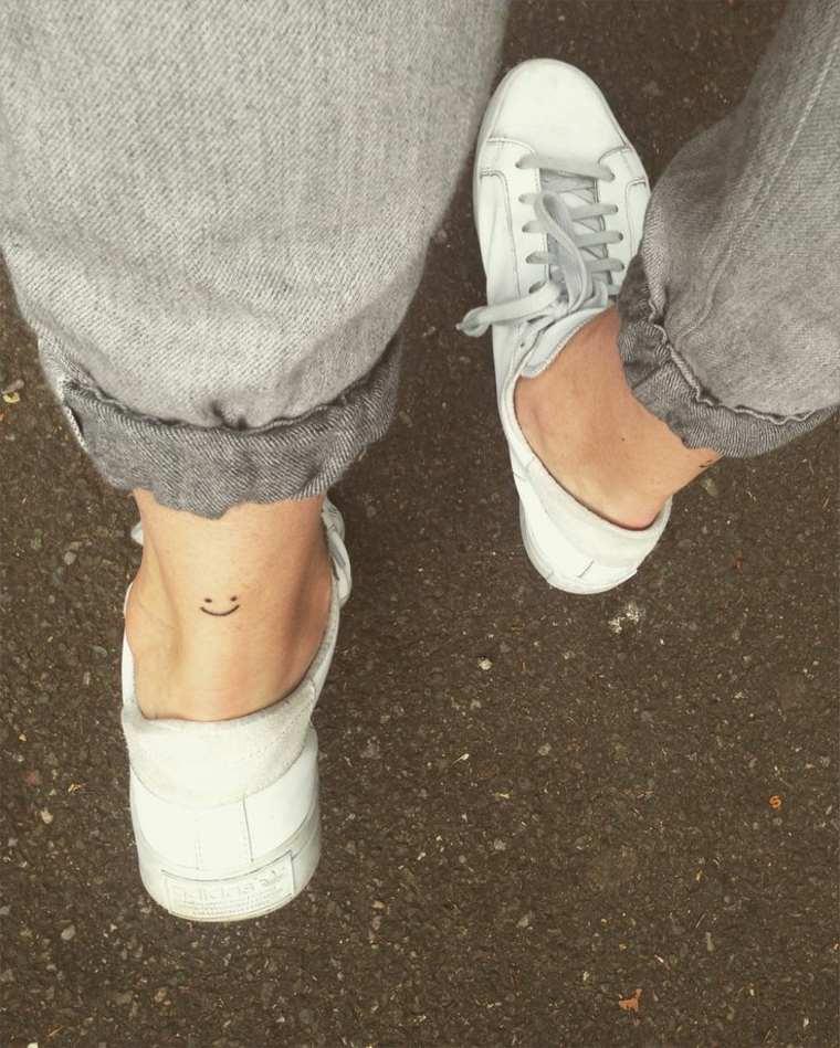 tatuajes minúsculos con estilo