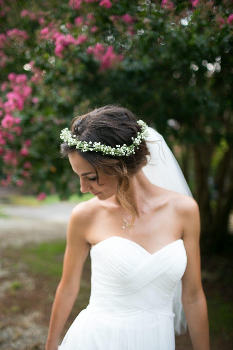 Peinados para bodas pelo corto corona-flores-bodas-primavera-opciones