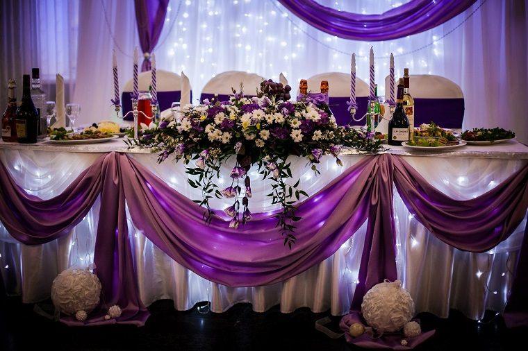 decoracion-boda-color-purpura-mesa