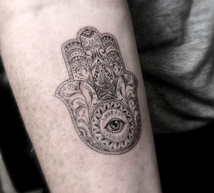 diseños de tatuajes geometricos-filigrana-dr-woo-mandala