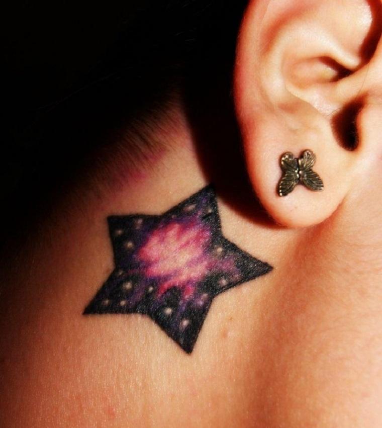 estrella tras la oreja