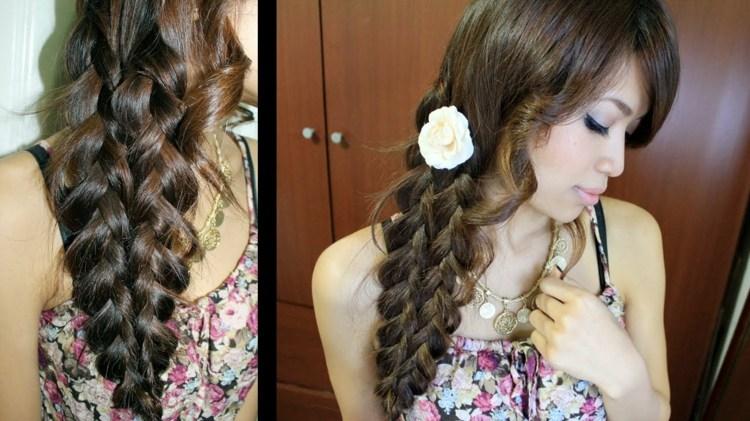 flores colgadas pelos peinados