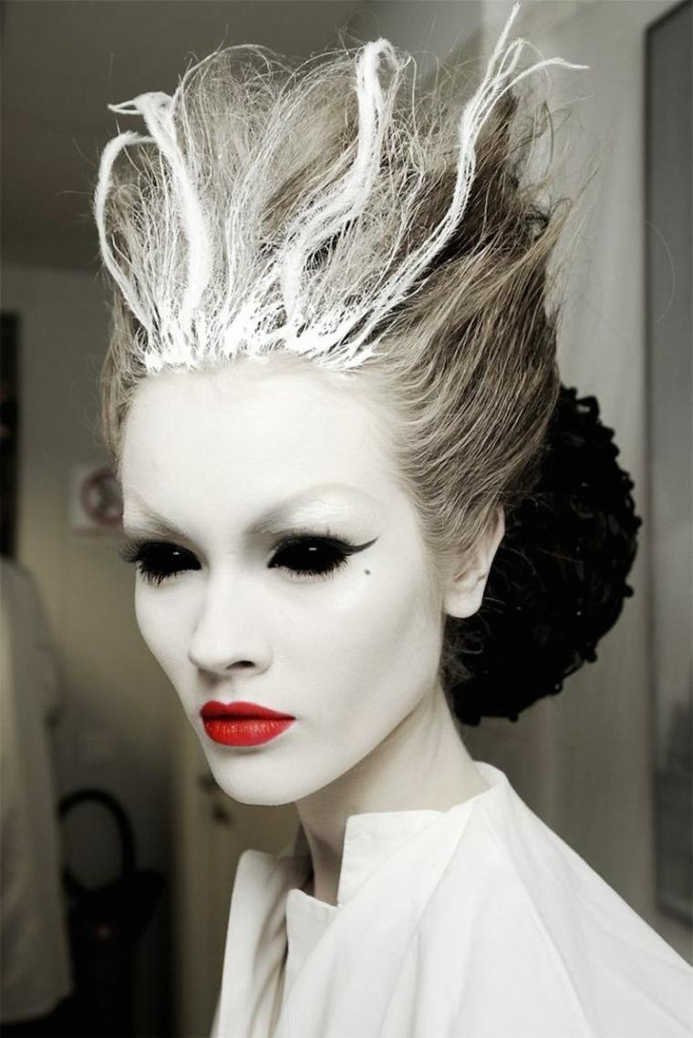 maquillaje de halloween para mujeres moderna
