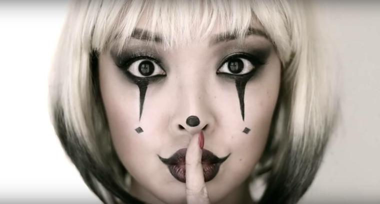maquillaje halloween mujer reina