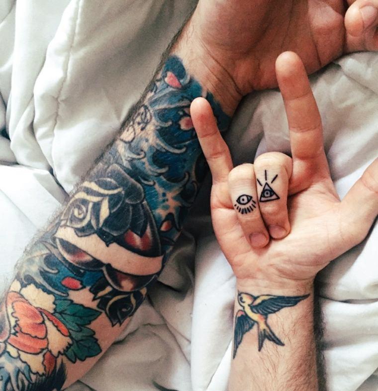 mejores tatuajes-dedos-mano-opciones-originales