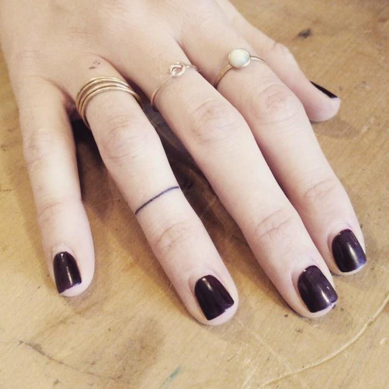 Los Mejores Tatuajes Para Los Dedos De Los Que Puedes Inspirarte