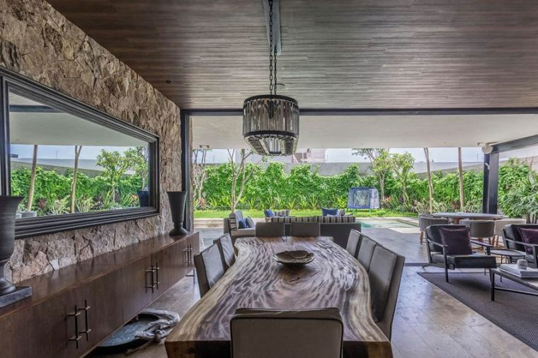 mesa-rusyica-madera-Architectura-Firm-R79