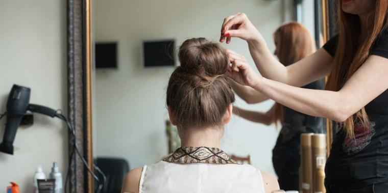 peinados-pelo-largo-mono-alto