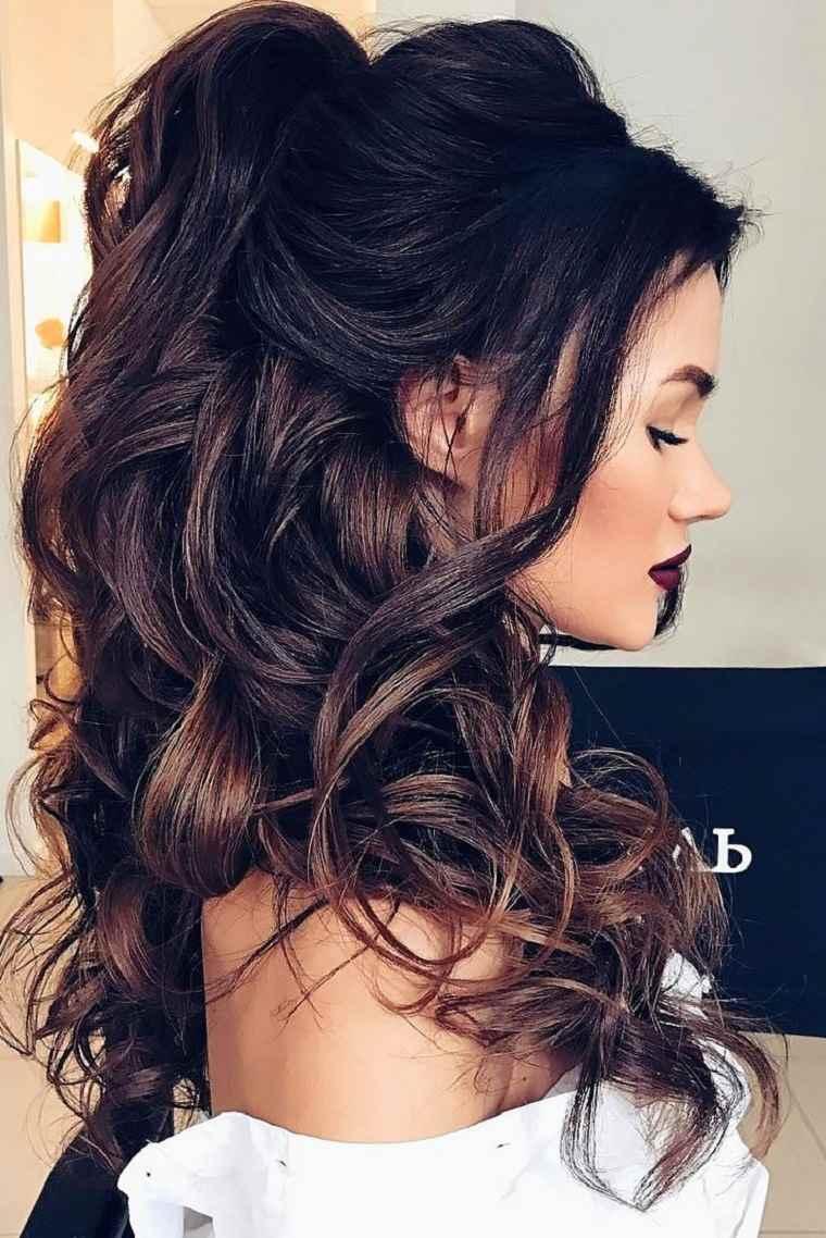 perfil pelo voluminoso negro peinado bonito