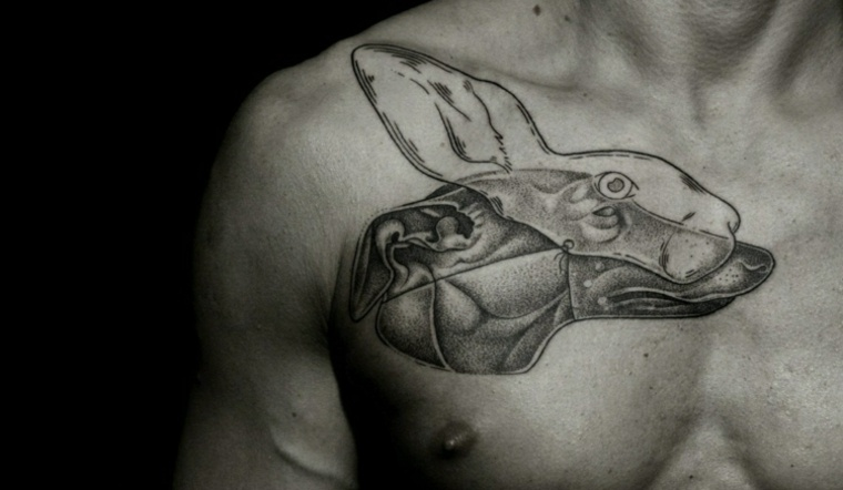 tatuaje con puntillismo