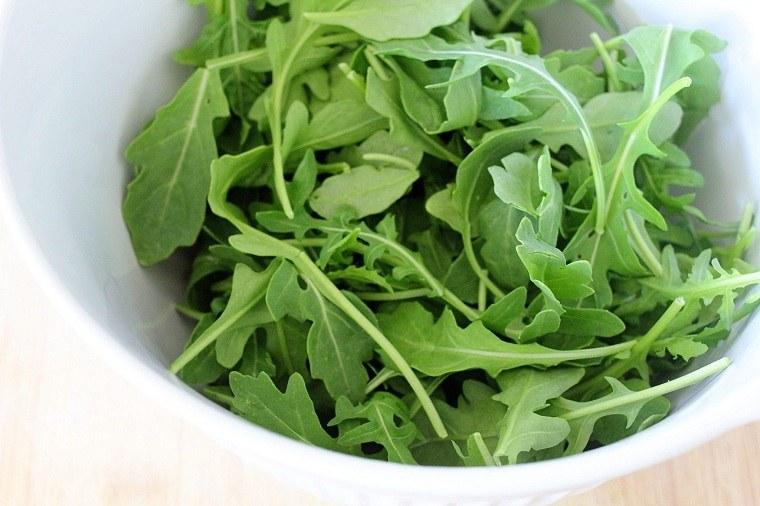 recetas sanas-bajas-calorias-opciones-rucula