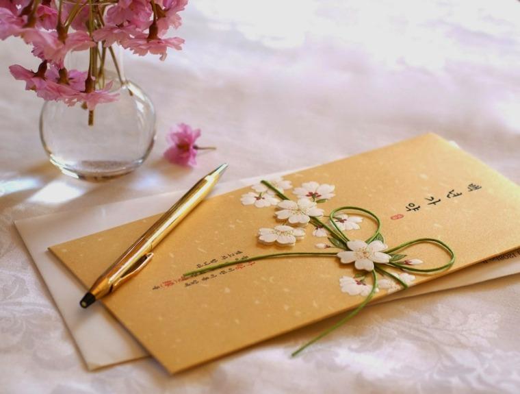 los detalles decorativos adicionales de los regalos originales para bodas
