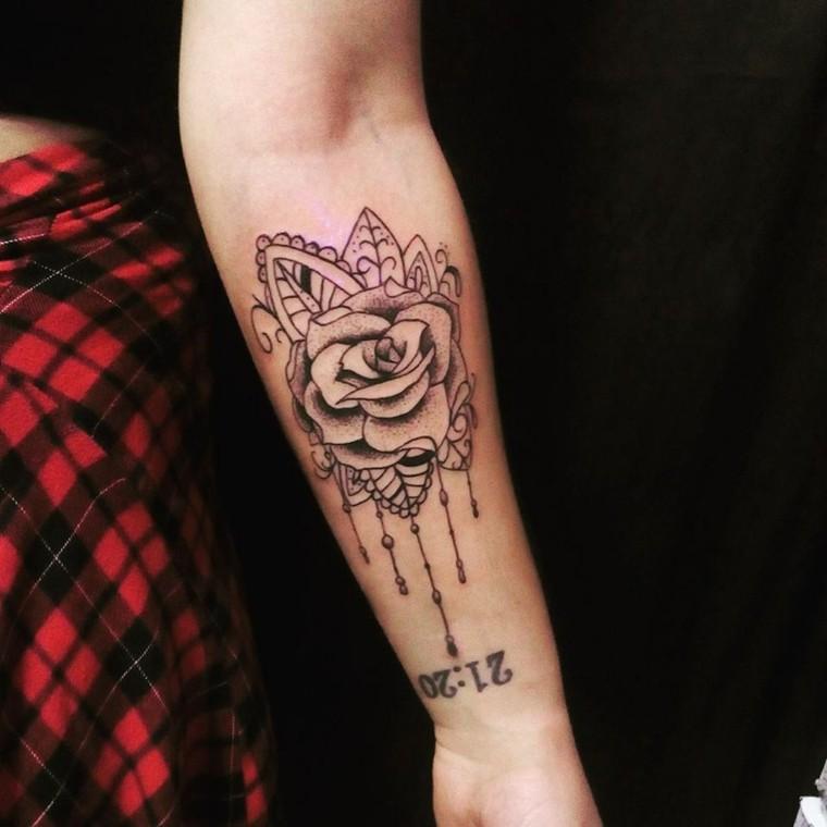 tatuaje de rosa vintage