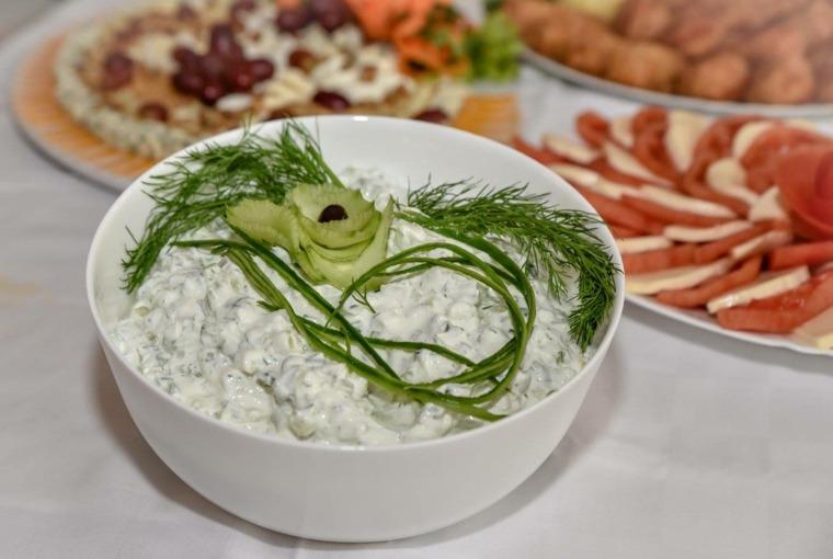 aperitivo bulgaro snejanka