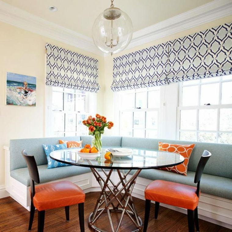 mesa con tapa de vidrio