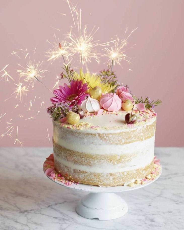 tartas de cumpleaños fuegos artificiales