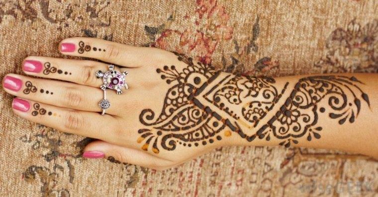 Tatuajes de henna significado dise os y mucho m s for Henna para manos