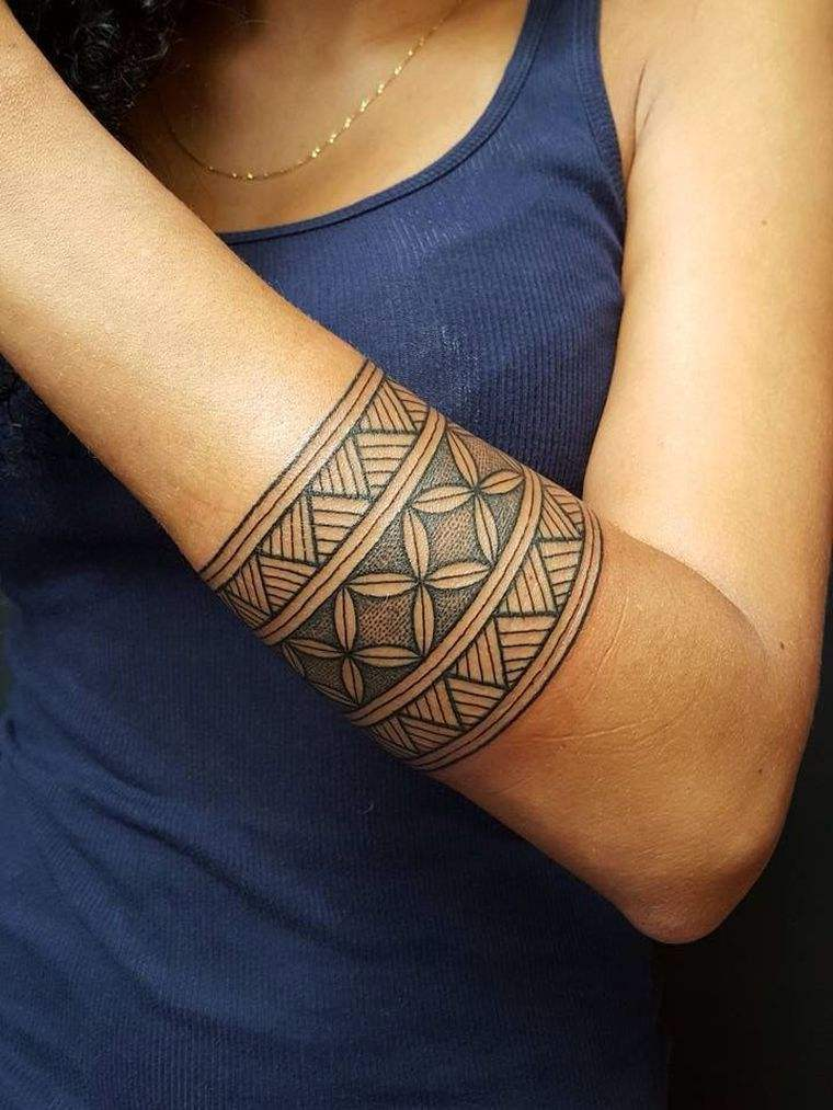 tatuaje-maori-opciones-mujeres-disenos