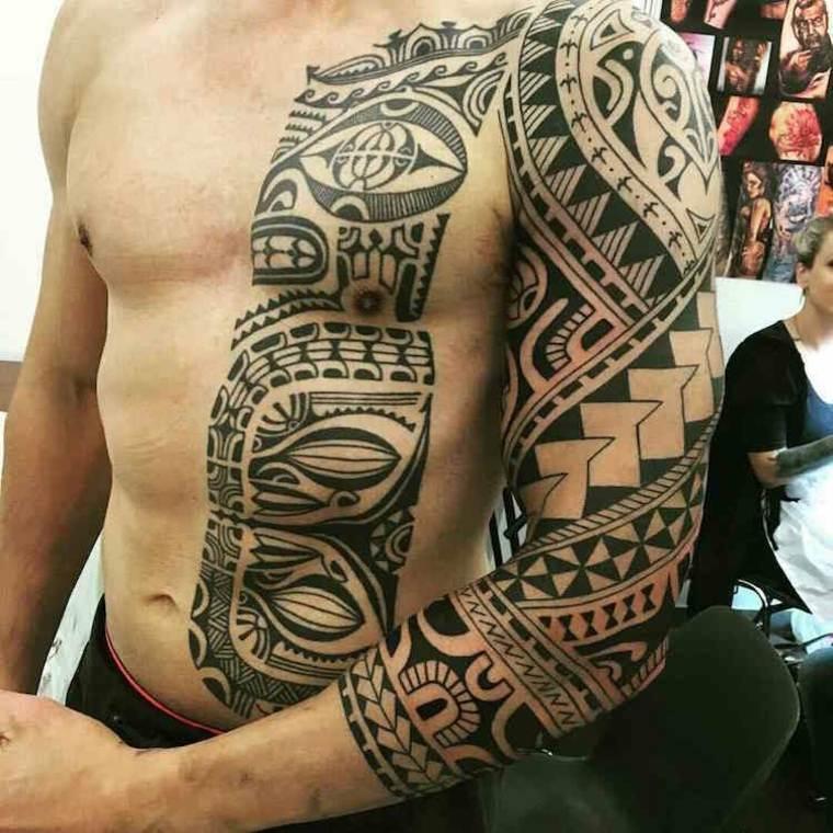 tatuaje Moko