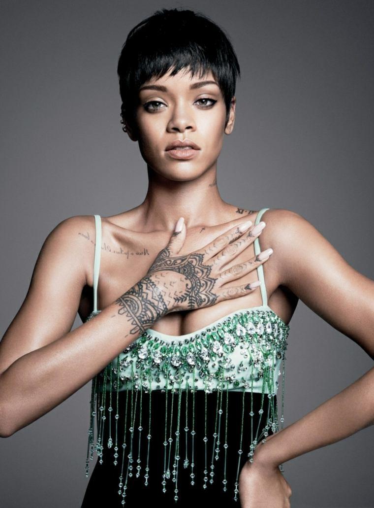 originales tatuajes para mujeres
