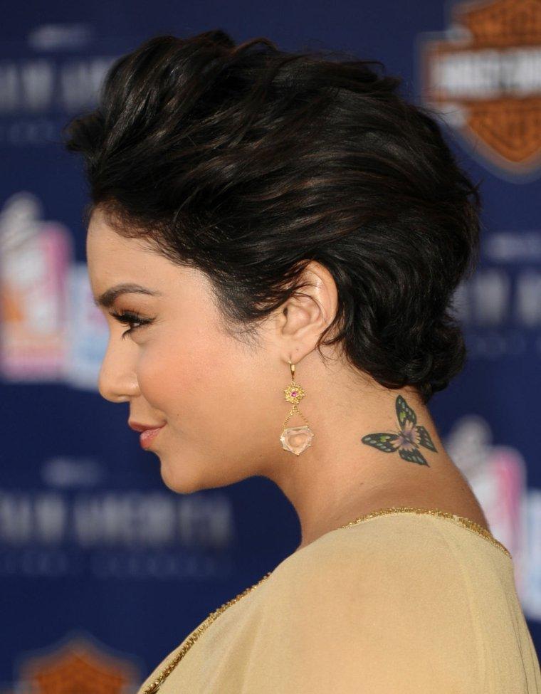 tatuajes-de-mariposas-nuca-opciones