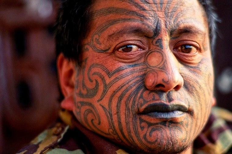 tatuajes maoríes significado opciones-tatuaje-facial-popular