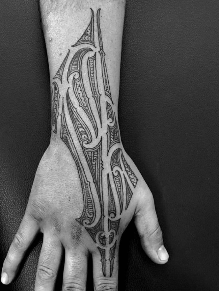 tatuajes maoríes significado diseno-intrencado