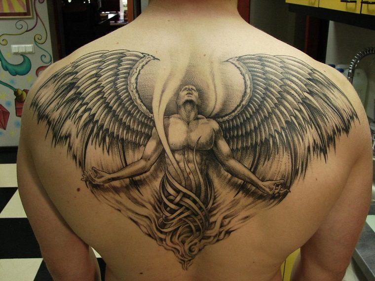 tatuajes originales para hombres espalda