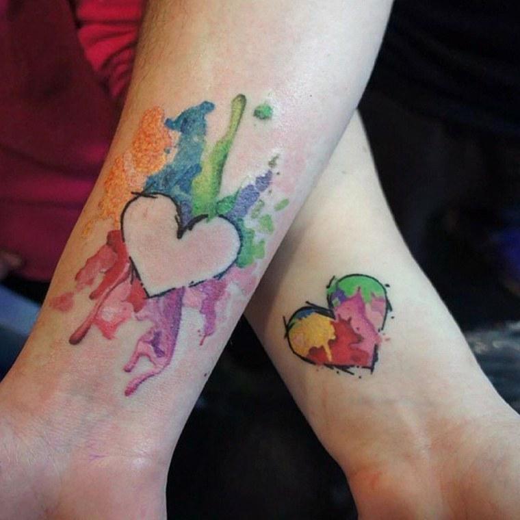 tatuajes para parejas-corazones-coloridos
