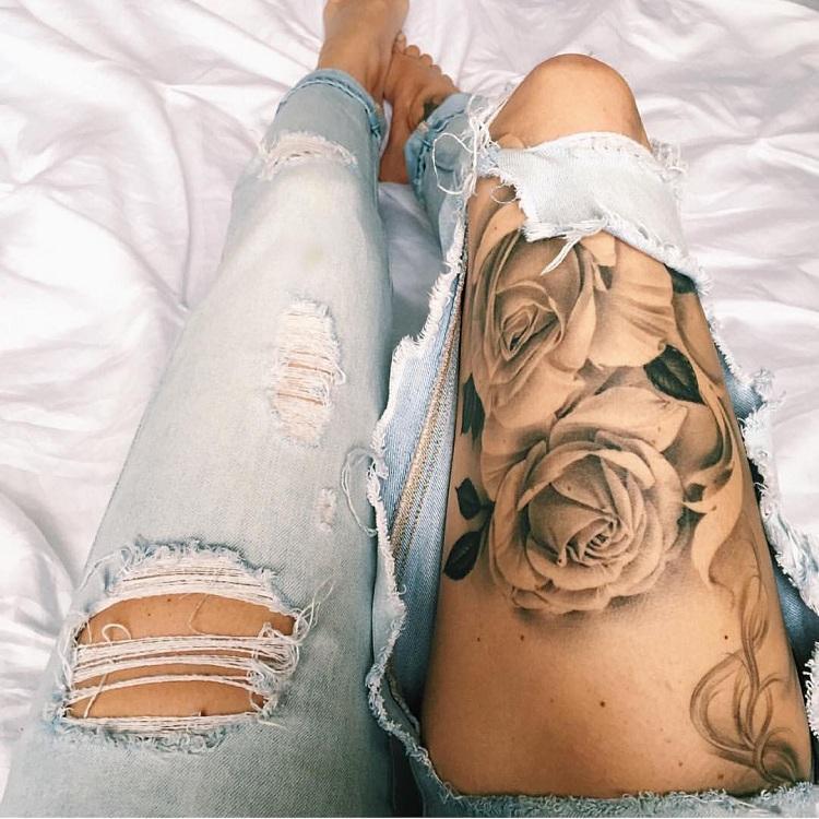 tatuajes-rosas-pierna-grande-elaborado