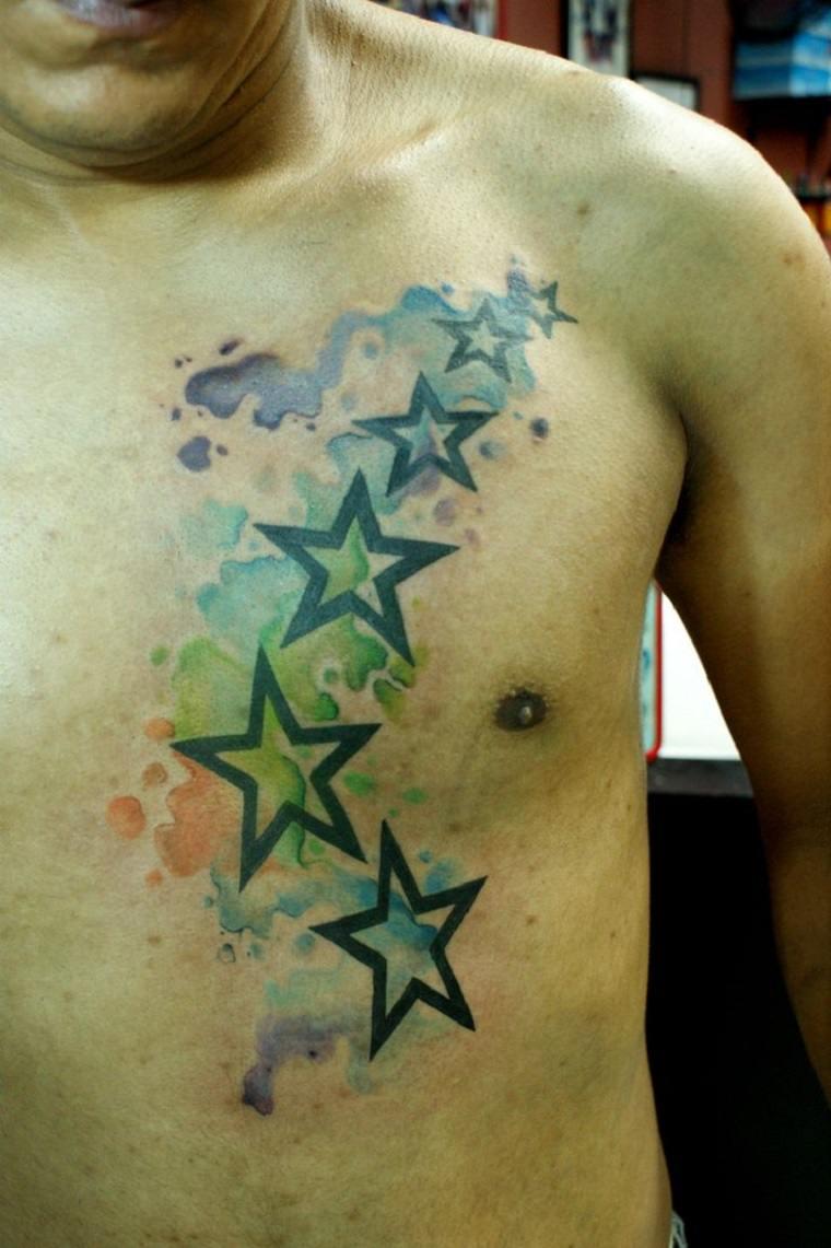 tatuaje moderno de estrellas