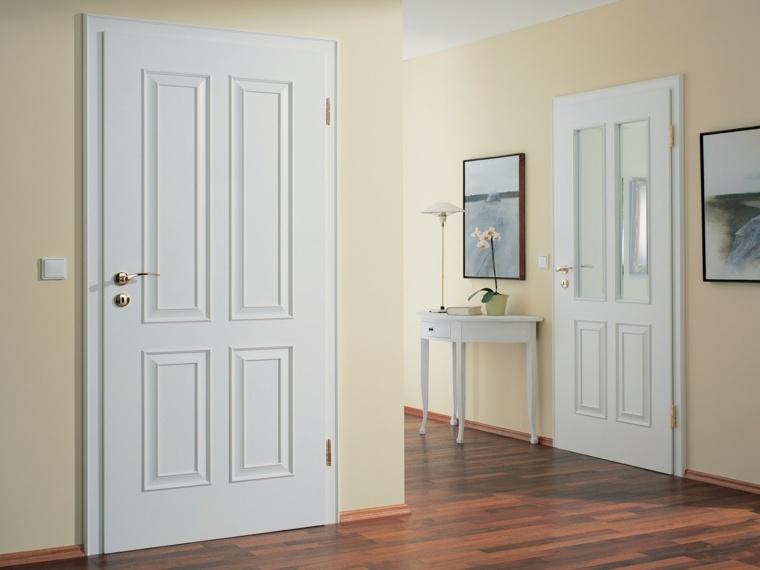puertas blancas sencillas