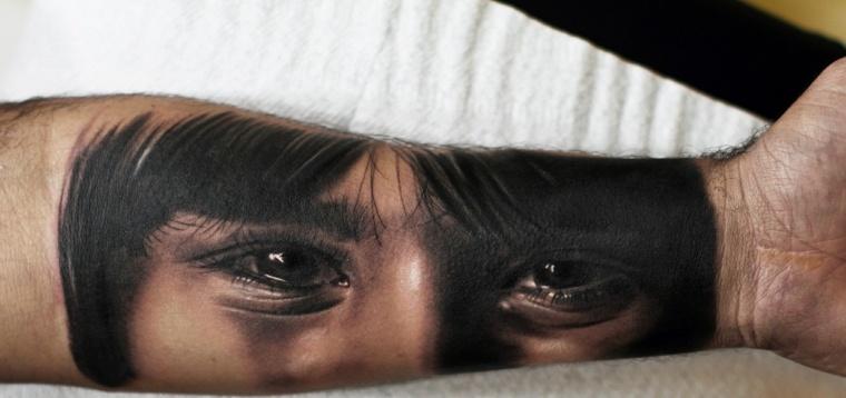 Silvano-Fiato-tatuaje-ojos-antebrazo