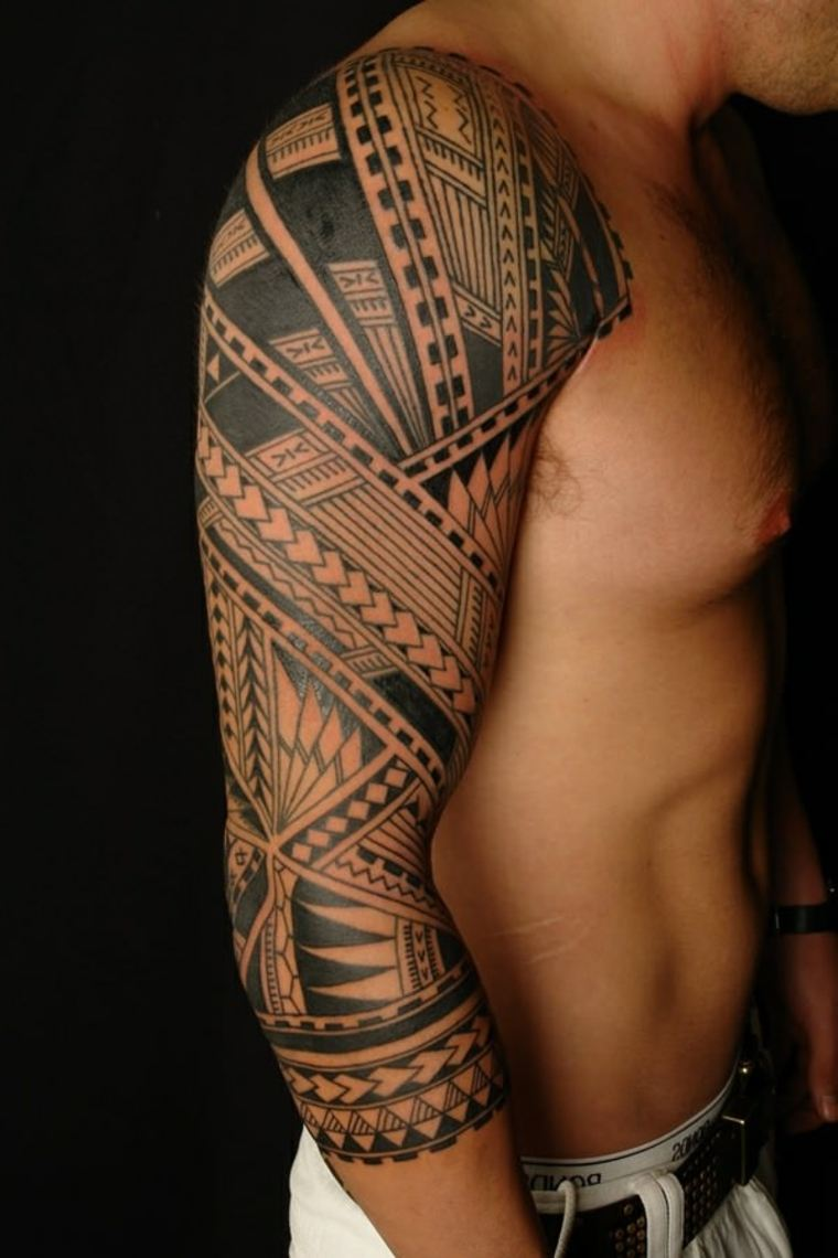 Tatuajes Tribales Masculinos Y Diseños Mahoríes Para El Hombro
